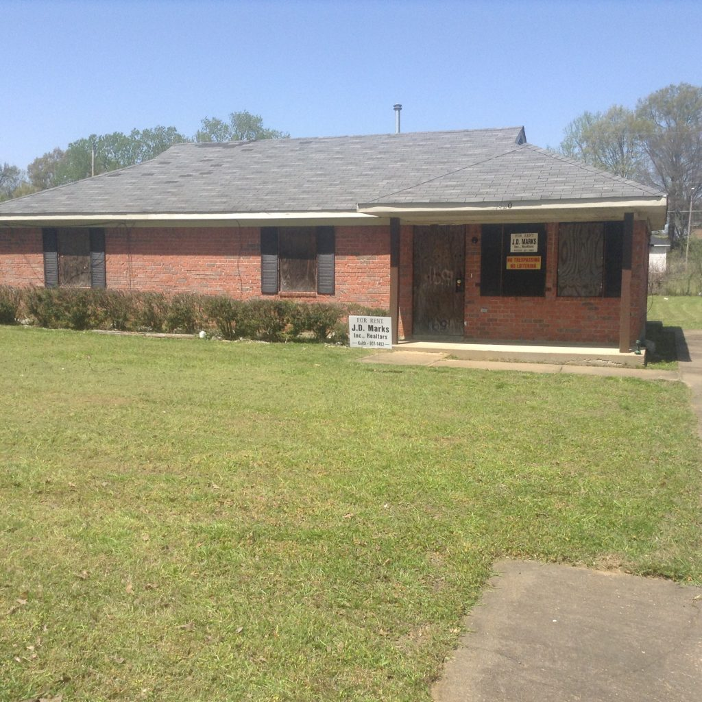 1420 Western Park In Whitehaven. Call Irma At 491-7661 For
