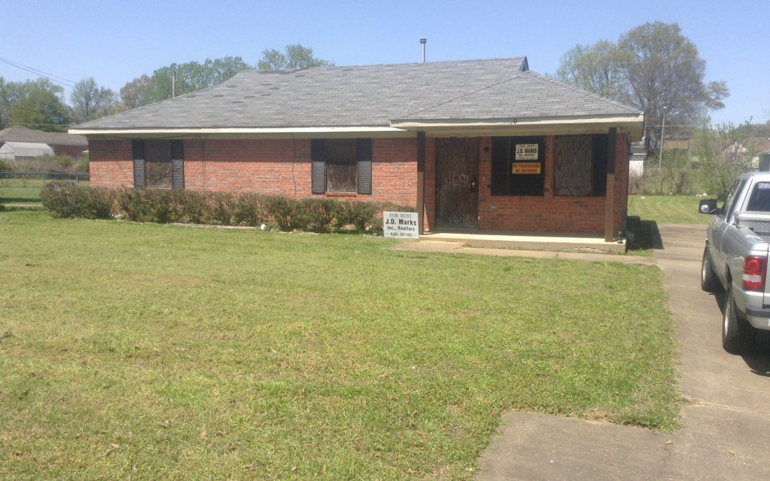 1420 WESTERN PARK $750.00 A MONTH-4 BEDROOMS.